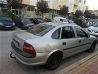 Opel Vectra 2.0 -98