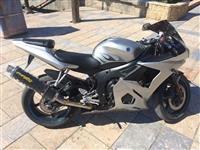 Yamaha R6 Dobar motor