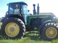 Traktori  John Deere