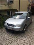 VW Touran 2.0 Tdi -04