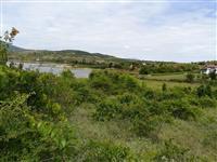 Plac na Tikvesko ezero itno