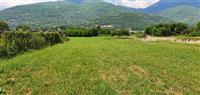 Plac od 2400m2 pozadi kasarnata vo Tetovo