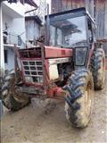Traktor Internacional 844