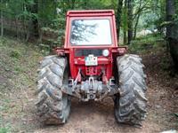 Traktor Massey Ferguson 590 - 90ks so mehanizacija