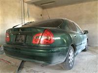 Mitsubishi Carisma -99