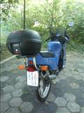 Suzuki RG 125 ili menuvam