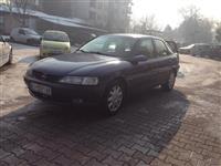 Opel Vectra 1.6 16v benzin -97