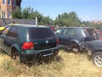 POLOVNI DELOVI ZA VW GOLF VENTO PASSAT BORA POLO