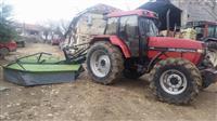 Traktor Case International i kosacka
