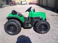 Motori i traktor na akumulator Peg perego