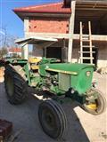 Traktor John Deere 2030