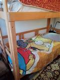 Drveni kreveti na sprat