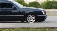 Mercedes E200 -99