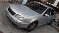 VW Bora 99 2.3 v5 so plin