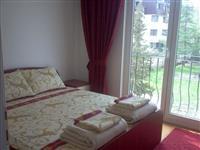 Stan vo mirna i tivka okolina vo Ohrid