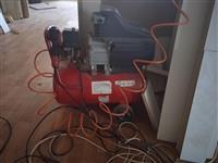 Kompresor i masina za secenje iverica