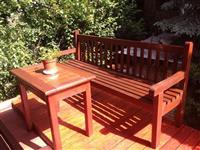 Klupi fotelji i masi od drvo