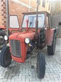 Traktor 533 itno
