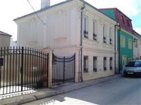Kuka vo Centar na Bitola do crkvata Sv Petka