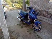 Skuter 150 cc