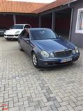 Mercedes- Benz E 220