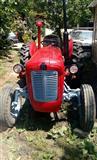 Traktor IMT 577