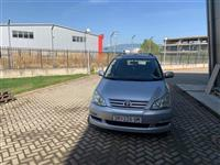 Toyota Avensis Verso D4D