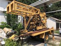 Masina za busenje na bunari i istrazuvanje