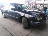 Mercedes-Benz 220 obicen diessel zacuvan