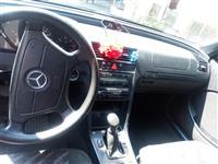 Merceds-Benz 220