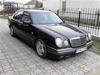 Mercedes E200i -99