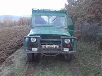 UAZ ruski jeep -85