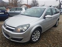 Opel ASTRA 1.9 CDTI 120ks 6 Brzini