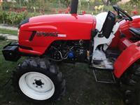 Traktor D3 -14 prv sopstvenik full oprema
