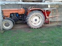 Traktor Ferguson 39 i Fiat 50 special