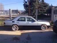 Mercedes 200 -93