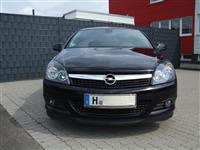 Opel Astra GTC 1.6 -11