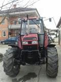 Traktor 4215