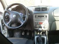 Alfa Romeo 147 JTD M -06