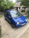 Dve Renault Twingo