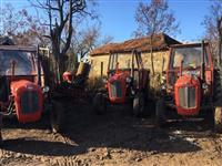 Tri traktori IMT 539