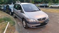 Opel Zafira 2.0DTI  FULL 5+2 -02