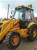 Mercedes 25-38 i JCB 3CX