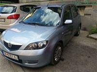 Mazda 2 1.4 dizel mnogu ekonomicna full oprema