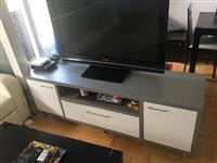 Mebel za dnevna i tpezarija +podarok TV 50'