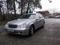 Mercedes 200 D -02