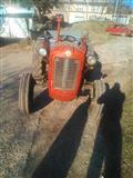 Traktor 533 Traktorska Prikolica plugovi