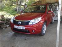 Dacia Sandero 1.4i -10