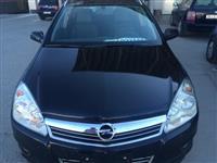 Opel Astra 1,7 dtci  full oprema kako nova