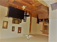 Se prodava rusticen Stan od 64m2 cvrsta gradba vo
